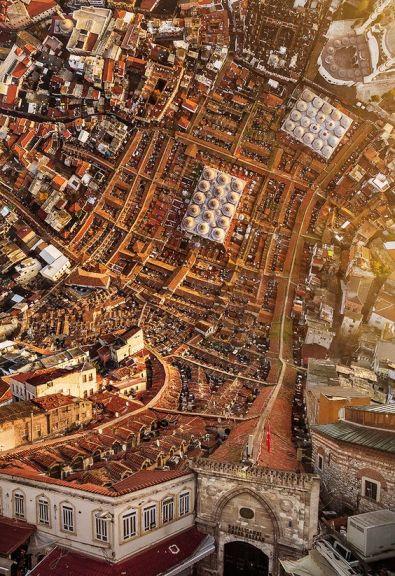 ciudad-turca-enrollada-001